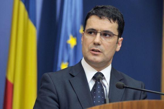 Ministrul Educației a oferit cărți de limba română elevilor de naționalitate română din Belgia