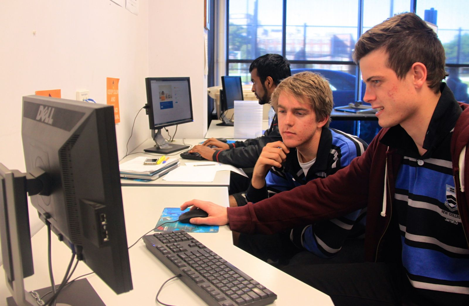 Studenții vor învăța în companii ce înseamnă munca în domeniul IT&C