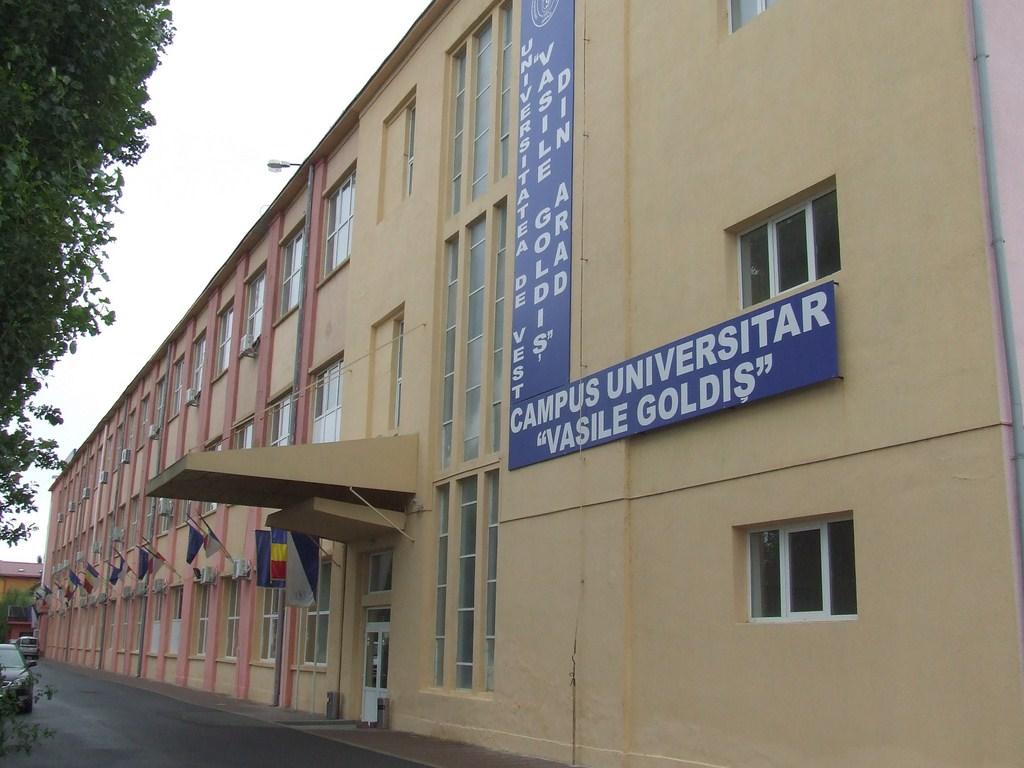 Acuzații de corupție la Universitatea Vasile Goldiș