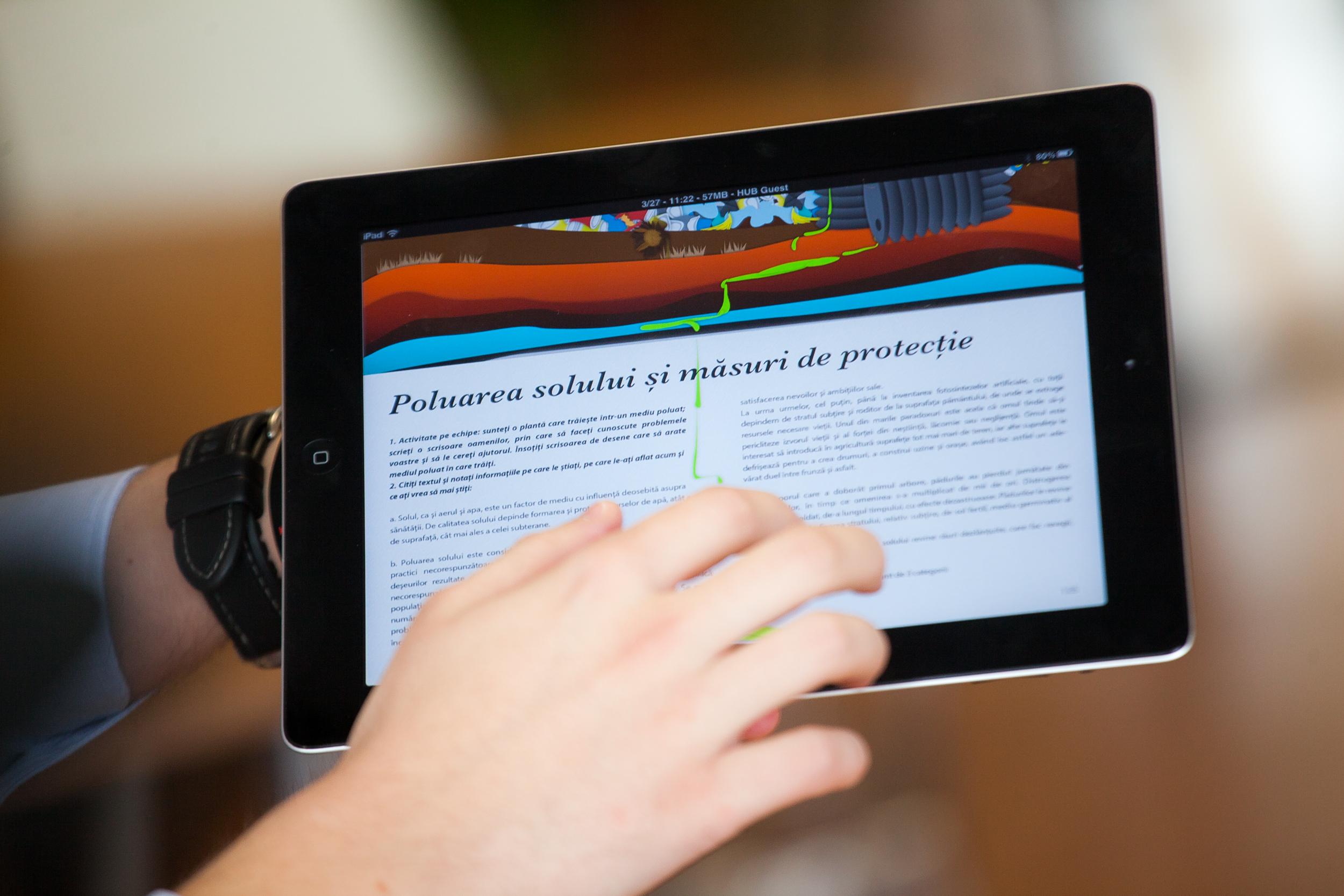 Ministerul Educației a lansat primul manual digital