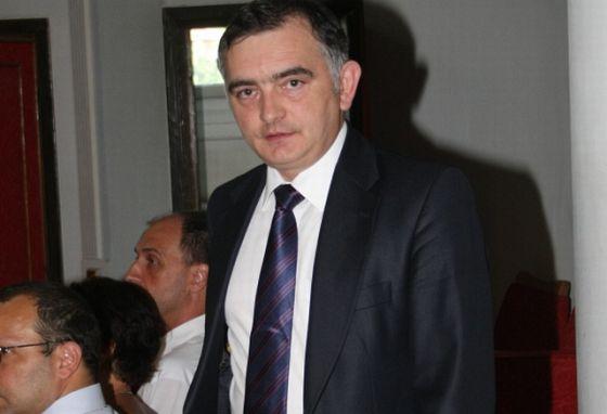Secretarul de stat în Ministerul Educației, Stelian Fedorca e acuzat de incompatibilitate