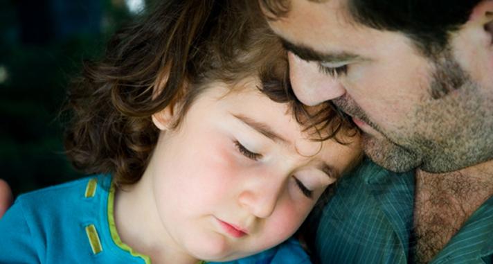 Îi spui sau nu copilului tău că este adoptat?