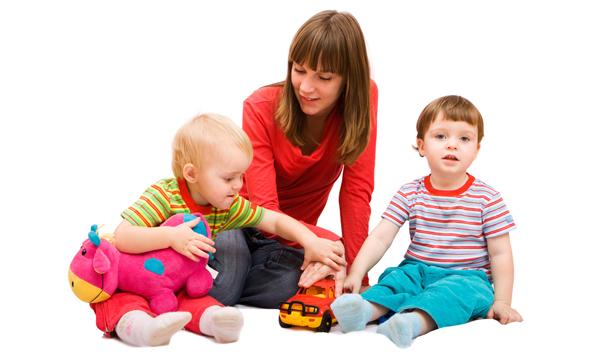 Copiii care nu au prins loc la grădiniță ar putea beneficia de serviciile unei bone