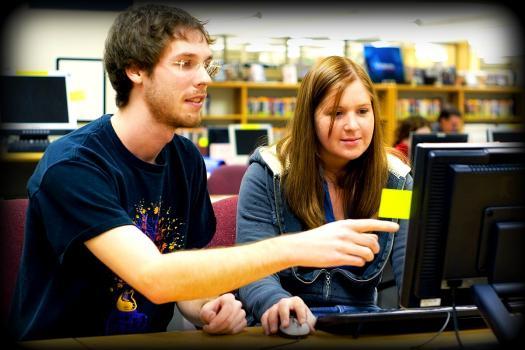 Studenții vor putea participa gratuit la cursurile și examenele organizate de universități europene