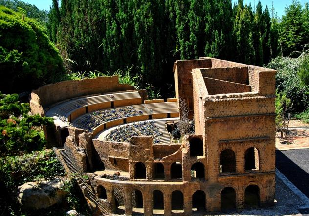 Teatrul-Roman-din-Orange
