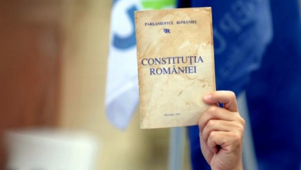Noua Constituție definește explicit autonomia universitară