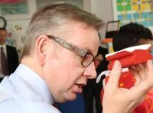Elevii din Anglia vor învăța fracții și programare de la 5 ani