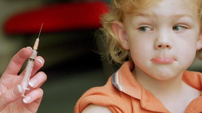 Carnetul de vaccinări devine obligatoriu la înscrierea la grădiniță ori la școală
