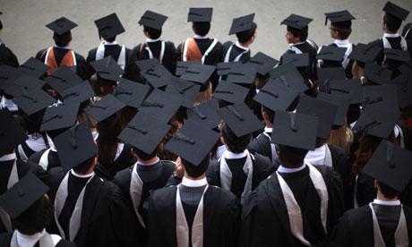 Taxele de studiu și cele de cămin au crescut înainte de începerea anului universitar