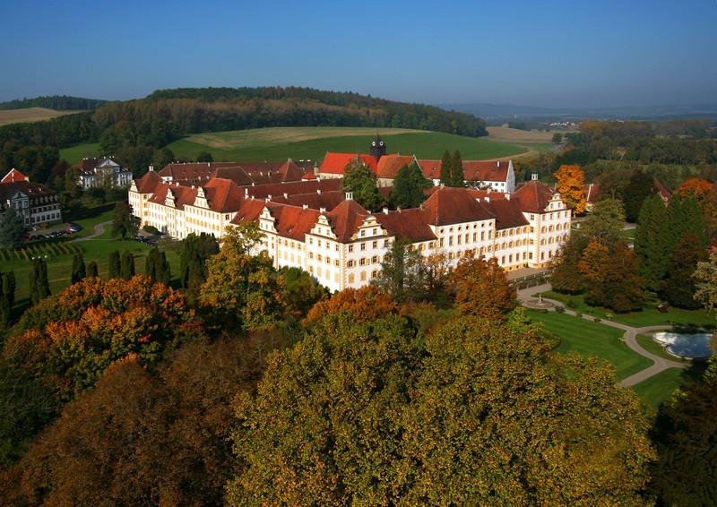 Cea mai faimoasă școală boarding din Germania vine să cunoască elevii români în București și Cluj