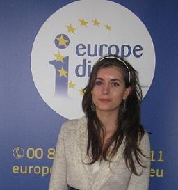 Andreea Florina Săndiță se numără printre câștigătorii concursului european pentru tinerii traducători