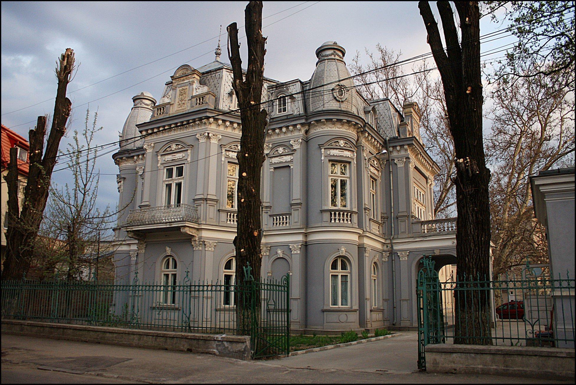 """Colegiul Național de Arte """"Dinu Lipatti"""" a lansat campania """"Un pian pentru Lipatti"""""""