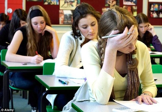 Media de trecere la Evaluarea Națională a ajuns o provocare pentru elevi