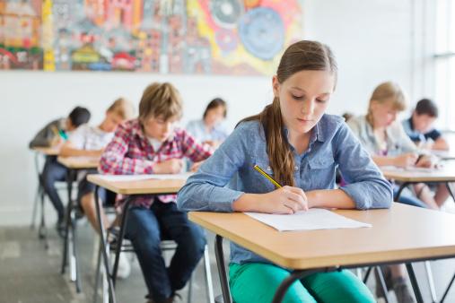 Ministerul Educației a publicat teste suplimentare pentru pregătirea elevilor de clasa a VIII-a la matematică