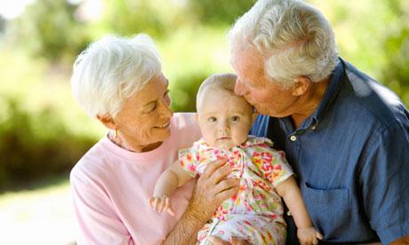 """1 octombrie ar putea fi declarată """"Ziua Bunicilor"""""""