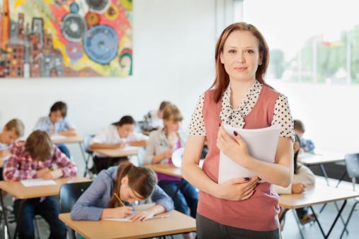 Profesorii care supraveghează evaluările naționale și BAC-ul vor primi indemnizații mai mari