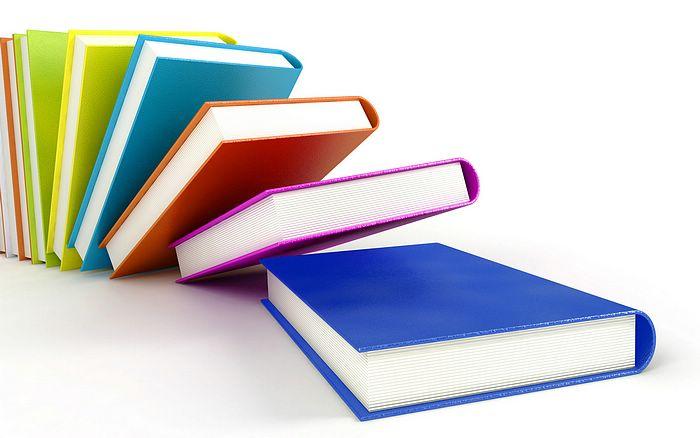 Licitația pentru noile manuale școlare a fost amânată