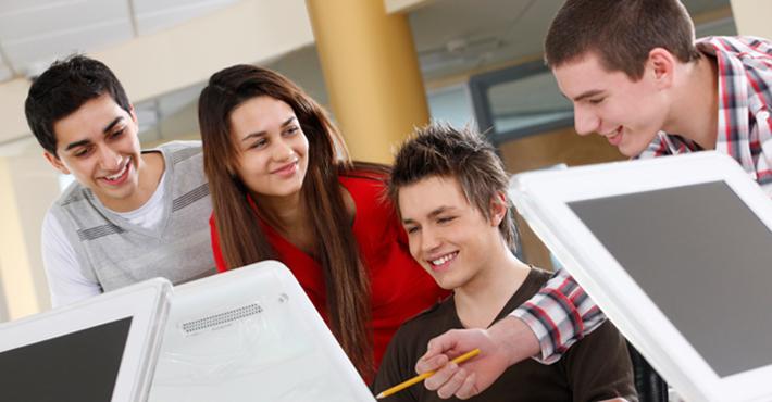 Universitatea Babeș Bolyai va pregăti informaticieni în limba germană