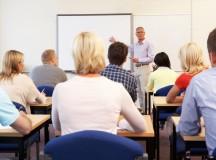 Adulții care nu au terminat învățământul obligatoriu au o nouă șansă la educație