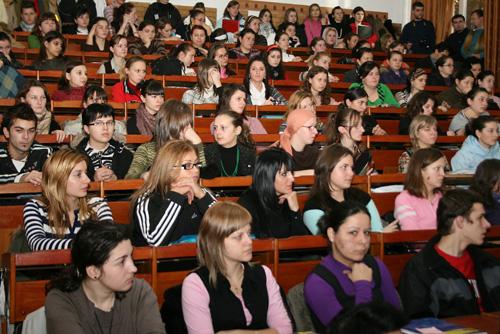Studenții și-au discutat prioritățile pe noul an universitar cu Ministrul Mihnea Costoiu