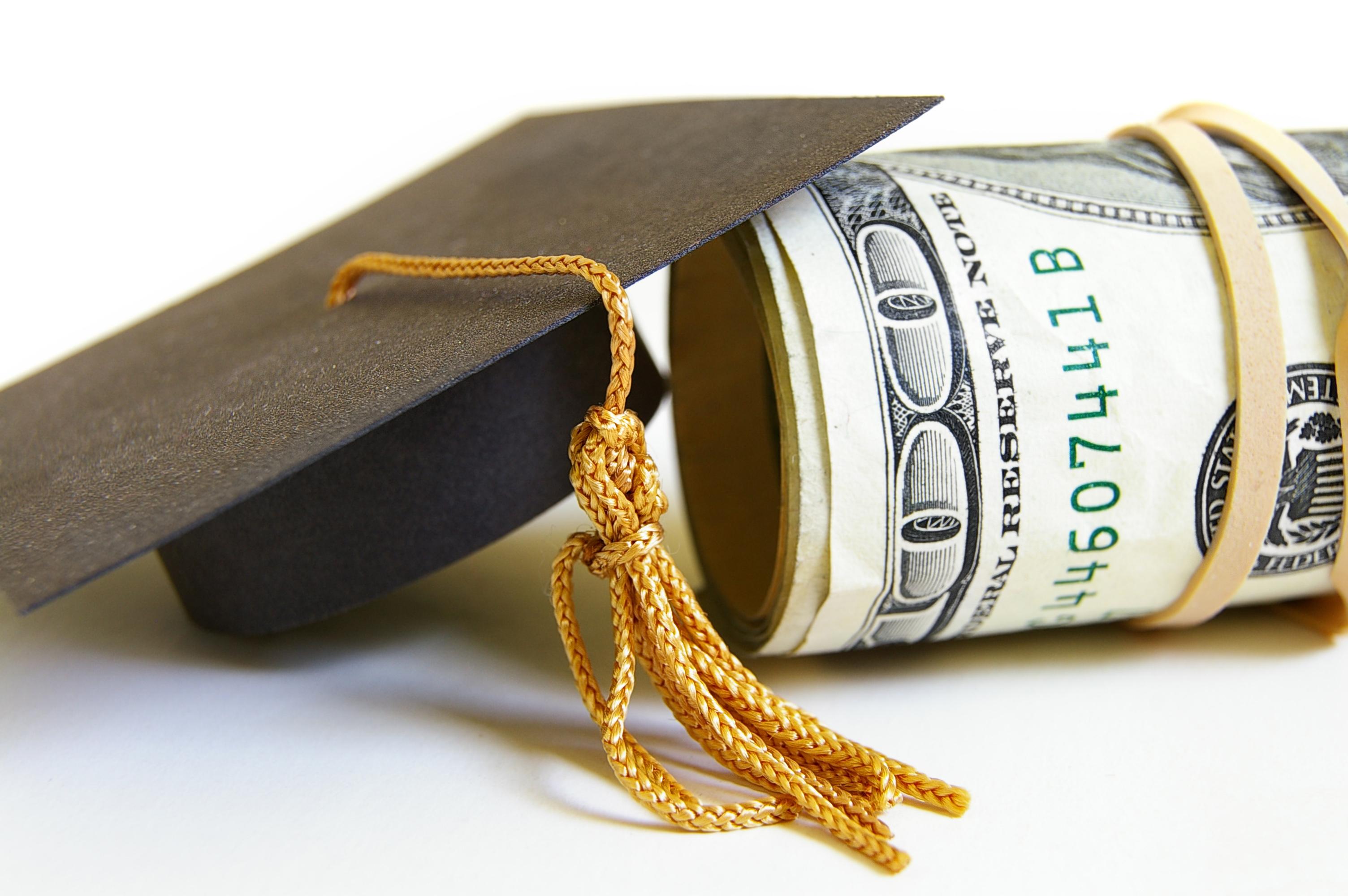 Banca Mondială propune credite pentru studenții care nu pot să-și plătească studiile universitare
