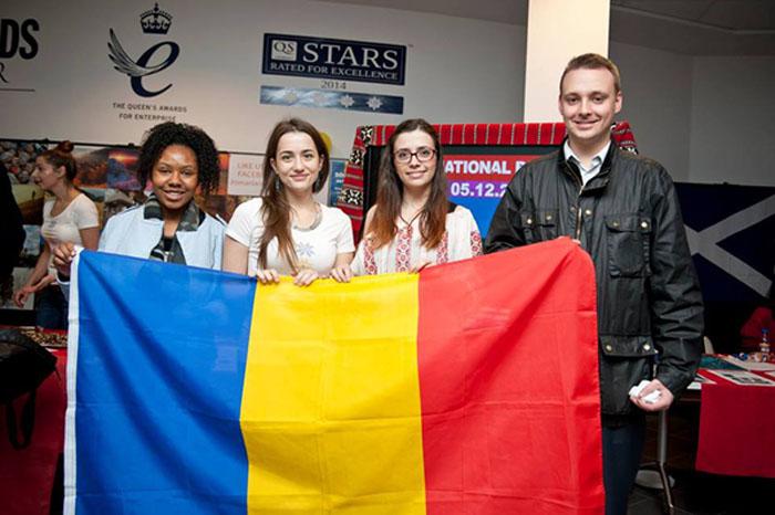 Studenții Români din Străinătate au Sărbătorit Ziua Națională a României în toate colțurile lumii