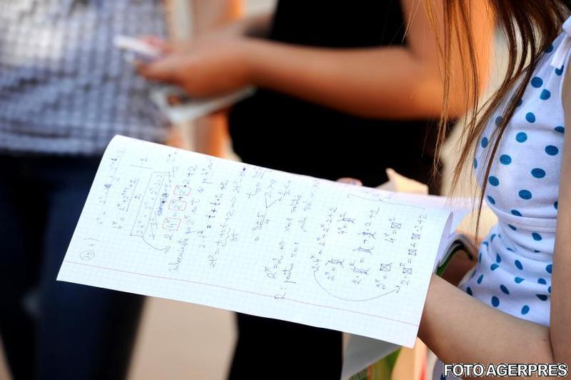 Ministerul Educației organizează simulări pentru Evaluarea Națională și Bacalaureat