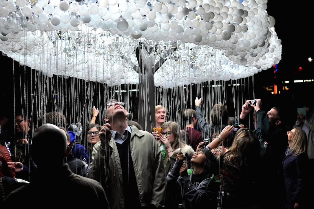 Mâine începe SPOTLIGHT- Festivalul Internațional al Luminii
