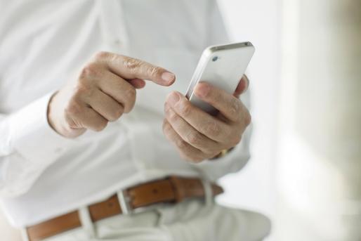 Liceeni români au inventat o aplicație smartphone pentru combaterea depresiei