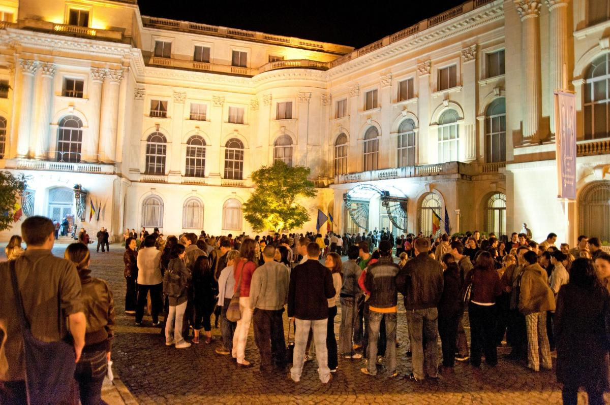 Noaptea Muzeelor are loc pe 21 mai. Publicul va beneficia în premieră de ghidaj audio-video pe mobil