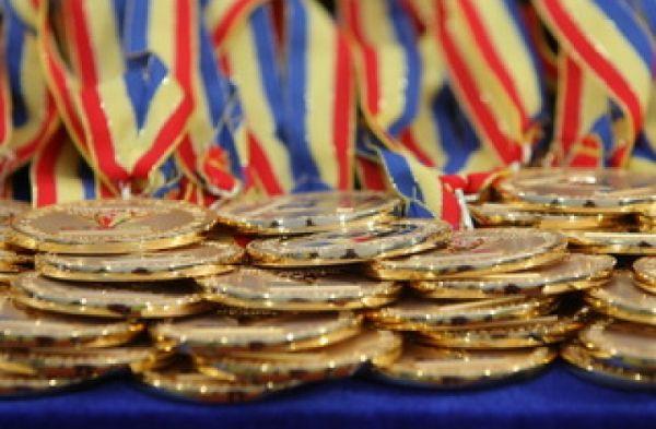 Ministerul Educației propune majorarea premiilor acordate olimpicilor naționali