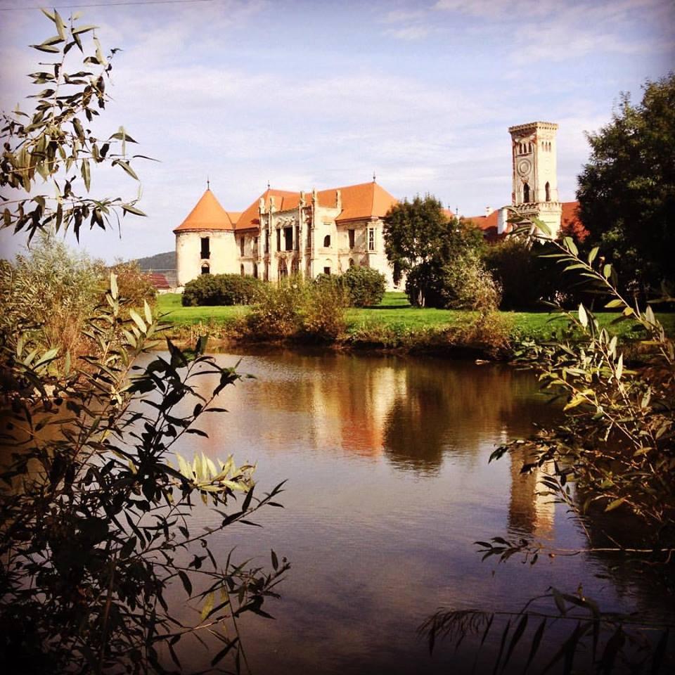 Asociația ARCHÉ lansează noua serie de tururi culturale Castle Break!