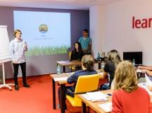 """Proiect pentru viitorul Clujului: patru companii importante se unesc pentru programul """"Descoperă-ți pasiunea în IT"""""""