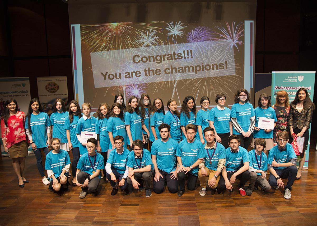 30 de copii din Generația Z premiați cu peste 5.000 de euro  pentru sfaturile oferite adulților