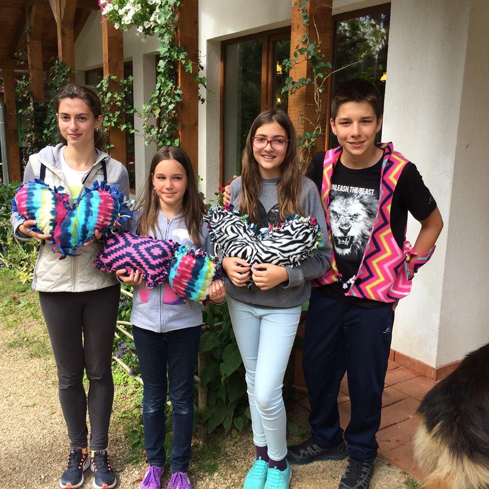 Transylvania College: Doi jurnaliști americani de top îi învață pe elevii români tehnici de leadership și mindfulness