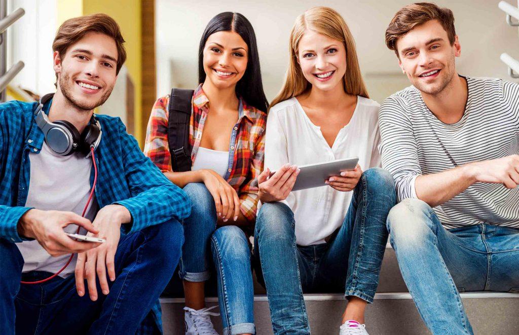 Studenții sunt cei care decid universitatea pe care să o urmeze. Părinții se pare că nu mai au ultimul cuvânt
