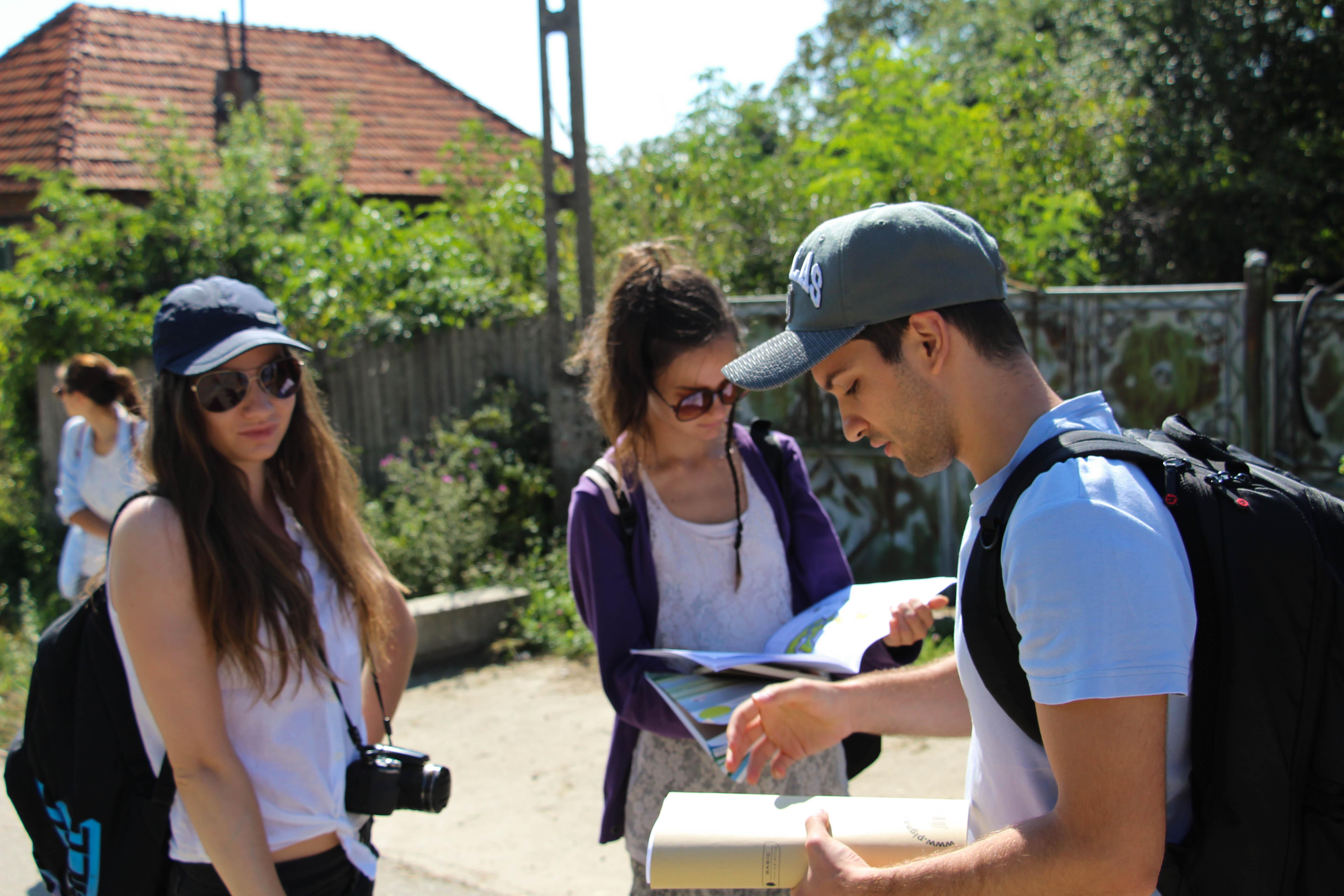 Studenții vor să revitalizeze arhitectura tradițională din Geoparcul Platoul Mehedinți
