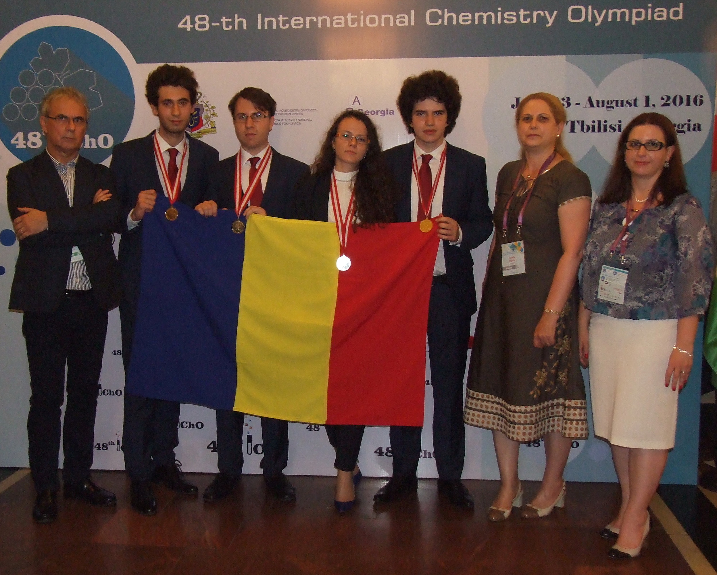 Elevii români au câștigat trei medalii de aur și una de argint la Olimpiada Internațională de Chimie