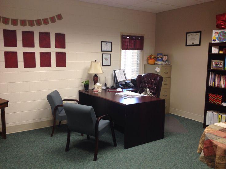 Posturile de director rămase vacante vor fi ocupate pentru anul școlar viitor în urma unui interviu