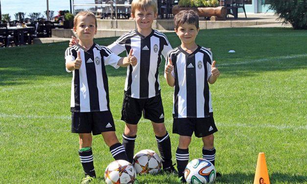 Juventus Torino organizeaza in premiera in Romania o tabara de fotbal pentru copii si adolescenti