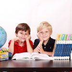 Banca Mondiala: Elevii romani merg trei ani si jumatate degeaba la scoala