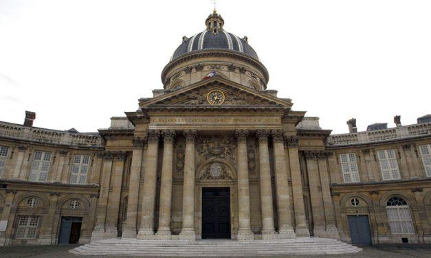 Revolutie în Franta! Academia recunoaste oficial feminizarea numelor de profesii