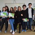 Liceul IOANID ofera 10 burse de 8.800 de euro elevilor de nota 10