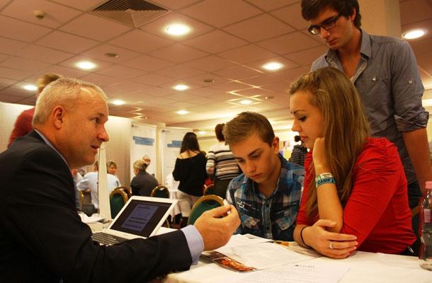 Târgul Ofertelor Educaționale din Străinătate ajunge în februarie la Cluj și București