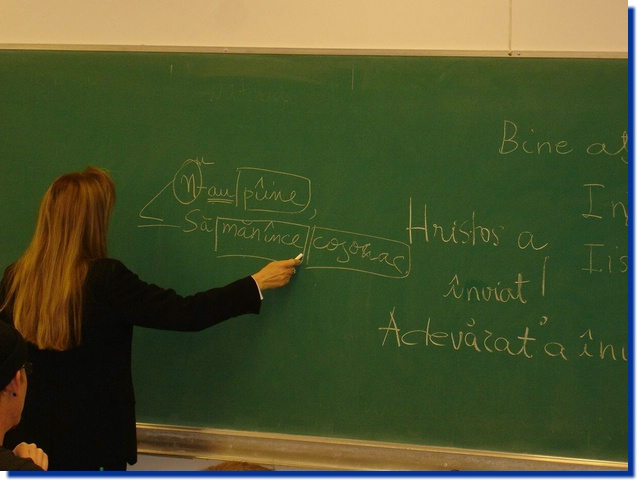 Ministrul Educației propune introducerea cursurilor de limba română în școlile din Franța