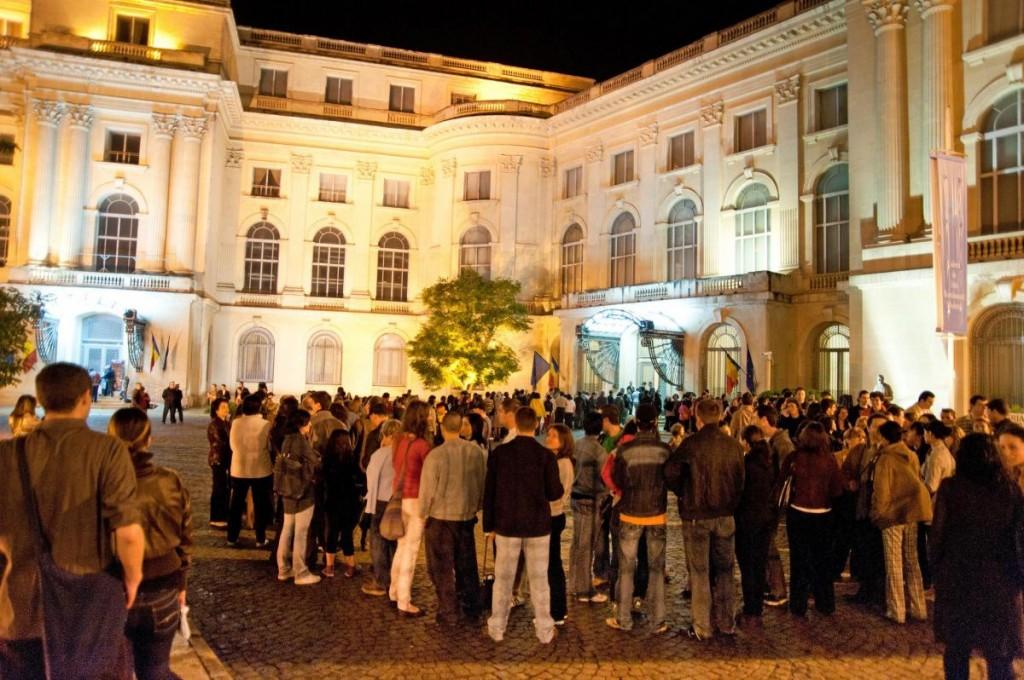 mnar_noaptea_muzeelor