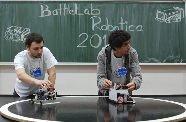 Studenții de la Cluj se întrec în roboți