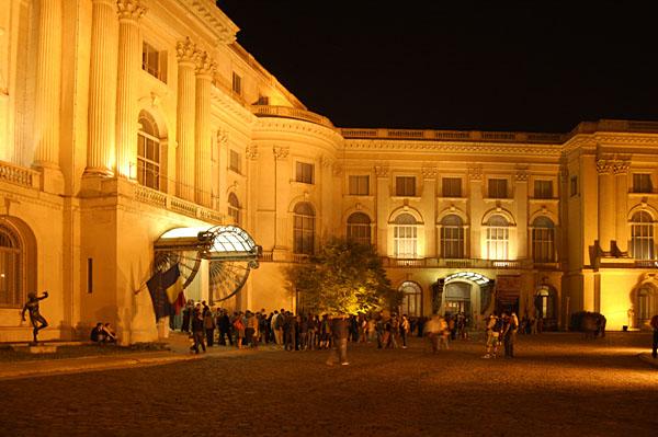 Pe 18 mai e noapte albă pentru iubitorii de artă