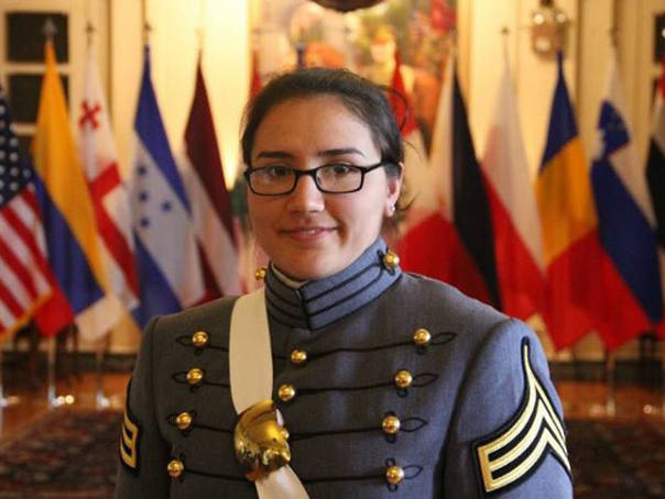 Faceți cunoștință cu prima absolventă româncă a academiei militare americane West Point