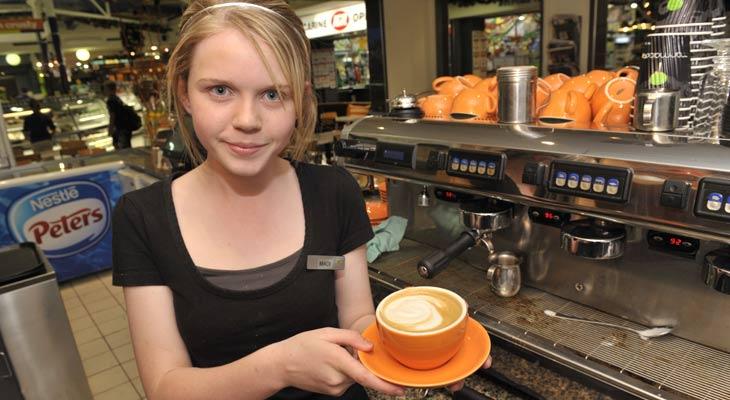 Copiii ar putea munci de la 15 ani dacă părinții sunt de acord